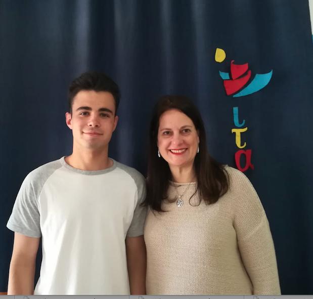 Nuestro alumno Luis Miguel Hermoso tercer premio en la XI Olimpiada de Economía de la US.