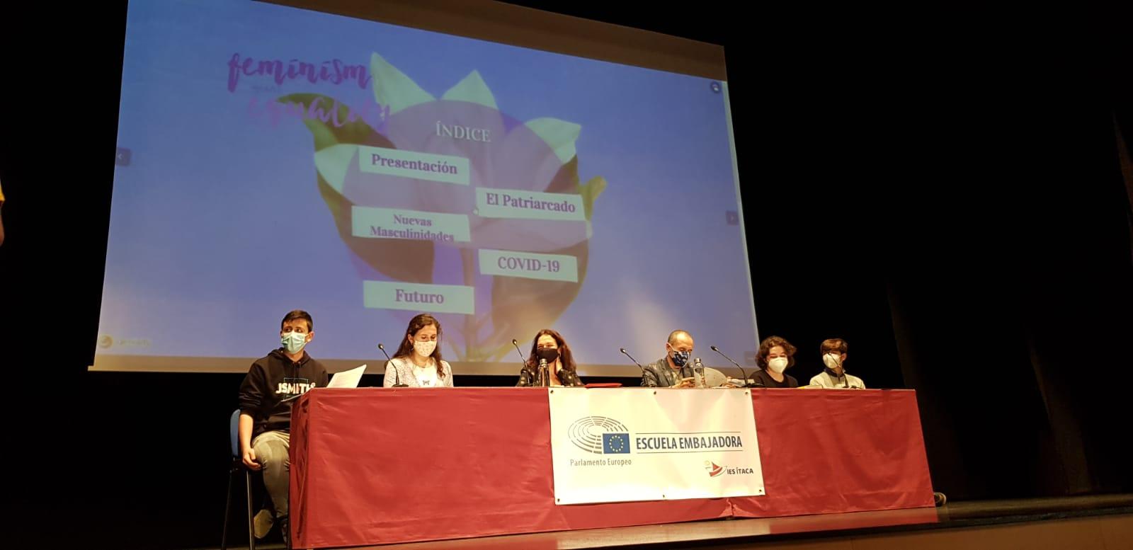 Mesa redonda: La igualdad de género a debate